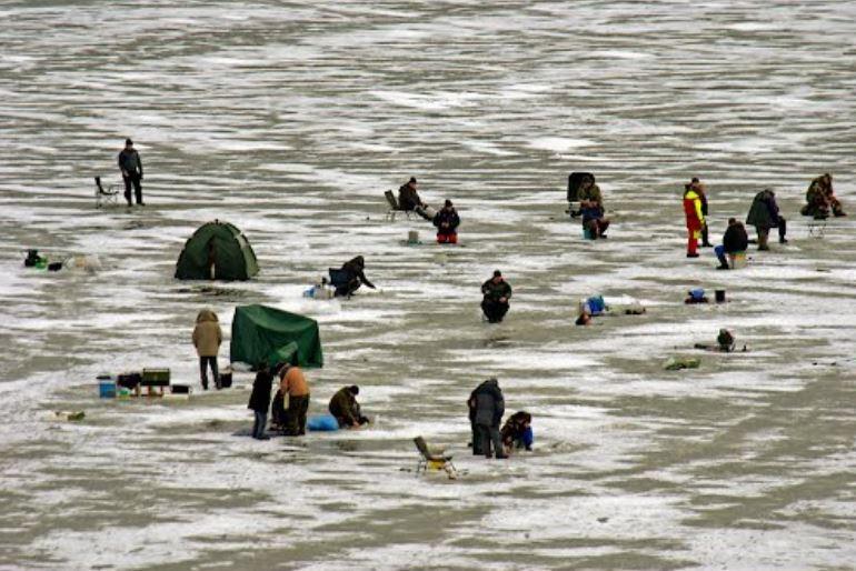 icefishing edersee